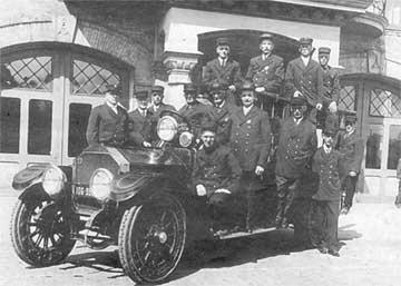 First Motorized Fire Truck